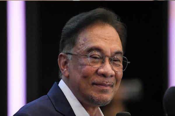 Ada MP Umno zahirkan sokongan kepada Anwar – Sumber
