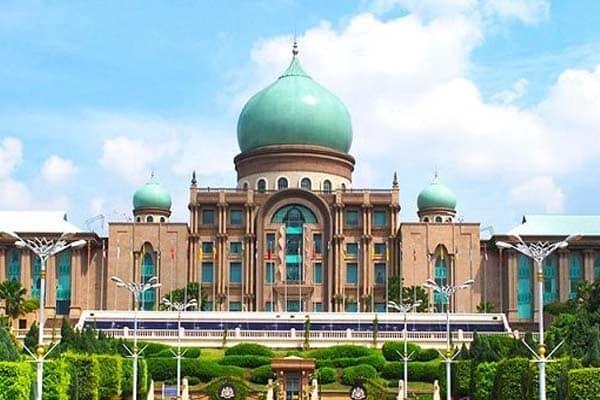 Panas !! Mesyuarat khas di Putrajaya esok cetus tanda tanya