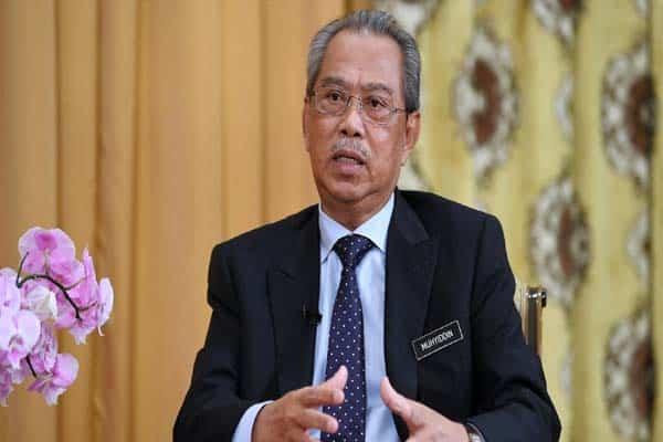 Gempar !! menteri Umno kena 'serang' dengan Muhyiddin dalam mesyuarat atas talian