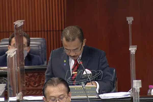 Live: Panas!!! Tim Menteri kesihatan tak jawab soalan
