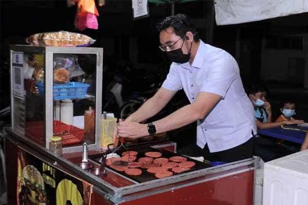 Istilah burger Timbalan Menteri jadi bahan troll