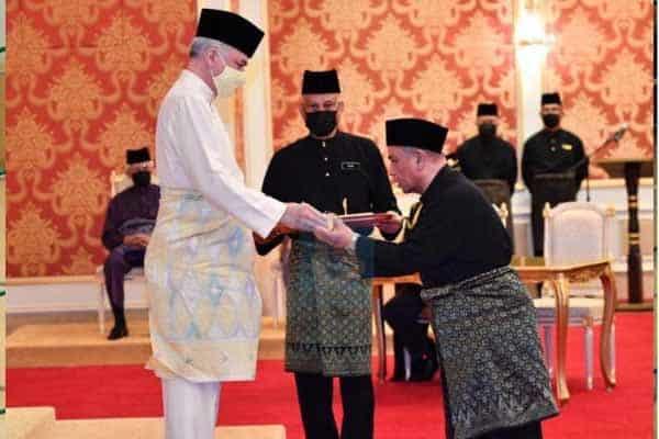 Tukar MB bukan sejarah yang dibanggakan – Sultan Perak