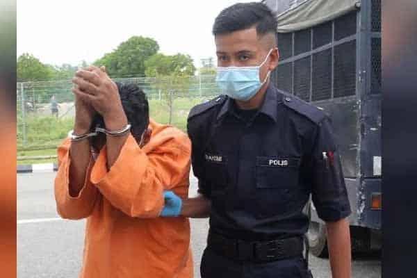 Bomoh didakwa lakukan seks dengan pesakit