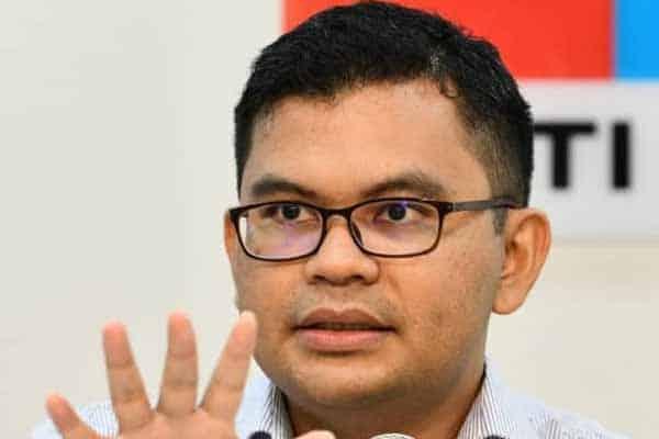 Apa salah gantung projek dewan RM35 juta