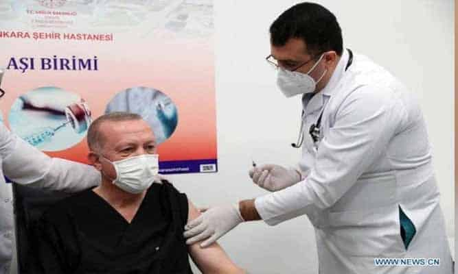 Erdogan disuntik vaksin Covid-19