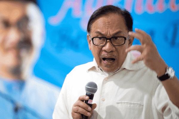 Panas!!! Anwar memberi amaran kepada kerajaan, gesa dedahkan perincian kontrak vaksin