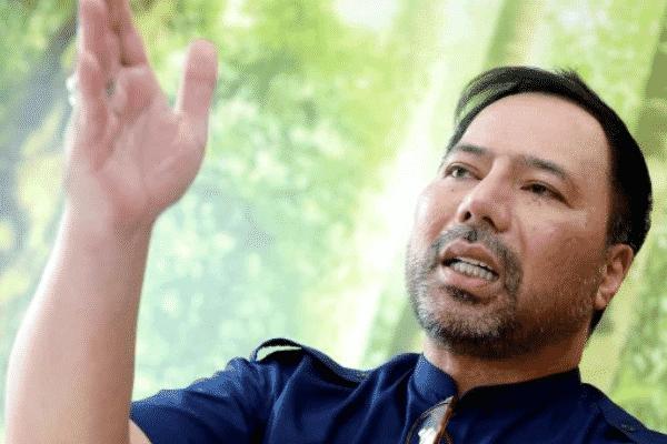 Sila letak jawatan! – Kata Khairuddin kepada PM