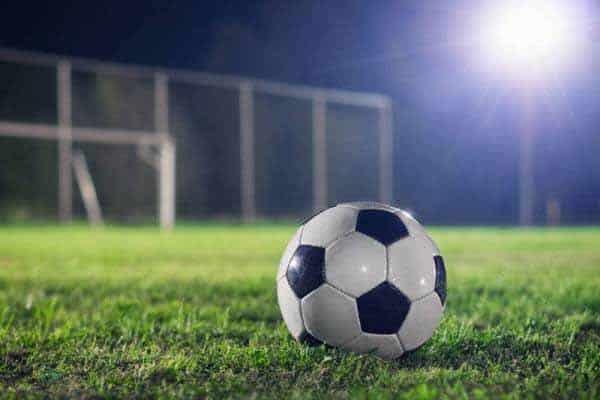 Main Bola sepak berseorangan..tu gile namenyer