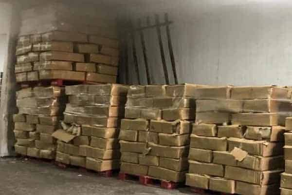 Terkini!!! MAQIS rampas tiga kontena daging seludup