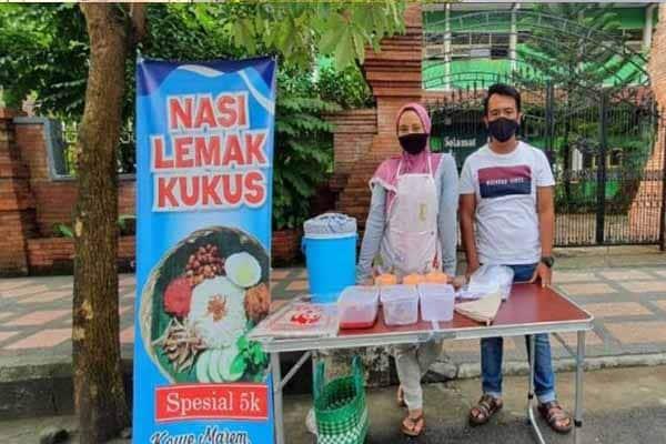 Tidak Sangka Jual Nasi Lemak Di Indonesia Raih Jualan Laris