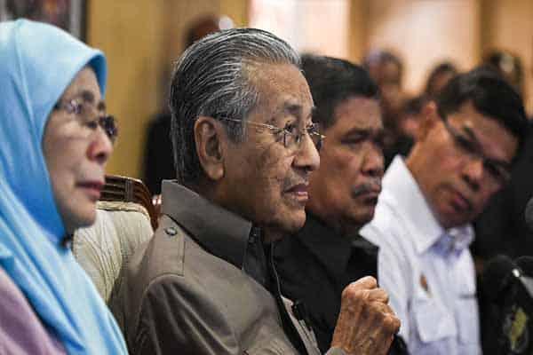 Dr M sendiri pilih tak mahu bersama PH – Saifuddin