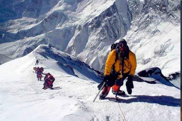 Kantoi!!!  lelaki ini menipu pernah takluk Gunung Everest