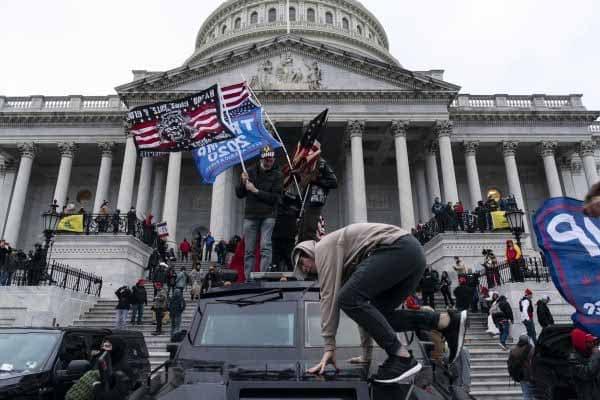 Trump 'ketua penghasut' rusuhan di Capitol