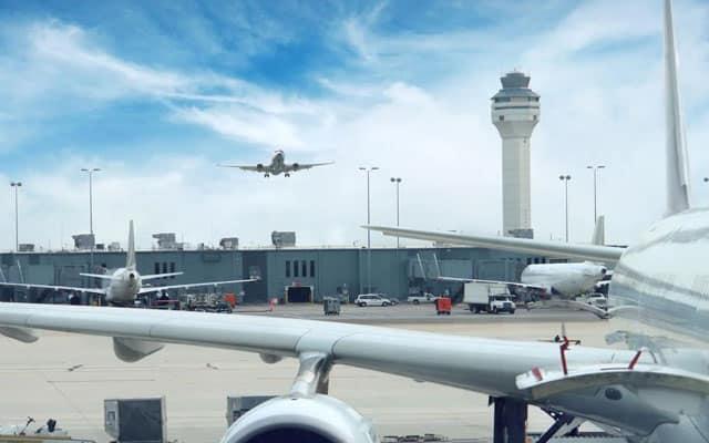 Salah sebut landasan, pesawat hampir berlanggar di Airport