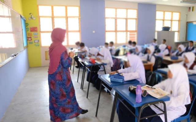 41 guru tolak vaksin di Melaka