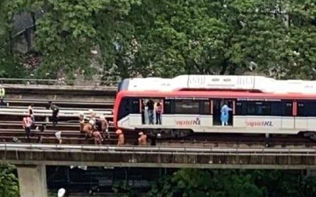 Wanita maut digilis LRT