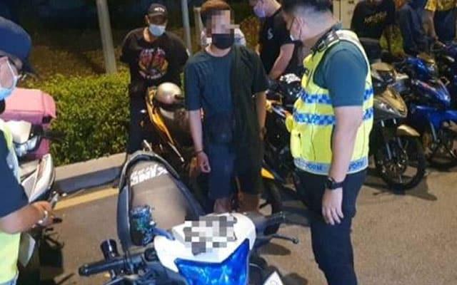 'Ekzos bising ini ayah yang pasang' Ini alasan remaja yang ditahan Ops Motosikal malam tadi