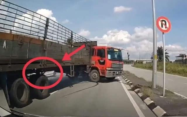 [Video] Elak kereta melawan arus menyebabkan lori terbabas