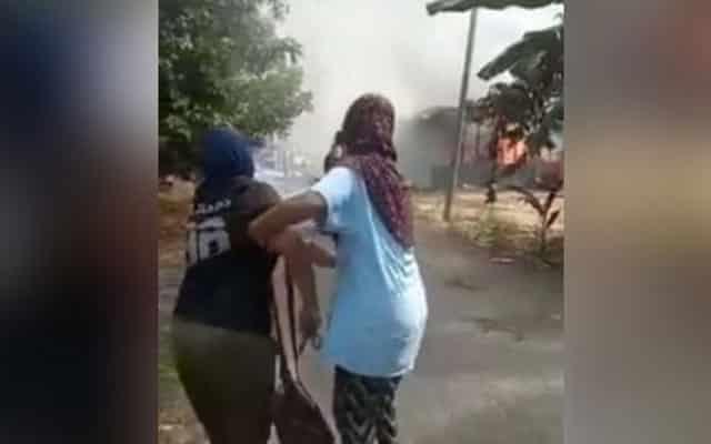 [Video] Meradang tidak dapat duit, bekas banduan baru keluar seminggu tergamak bakar rumah ibu